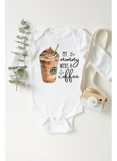 Happy Onesie Co Mommy needs coffee Frappe Uzun Kollu Çıtçıtlı Body  Beyaz